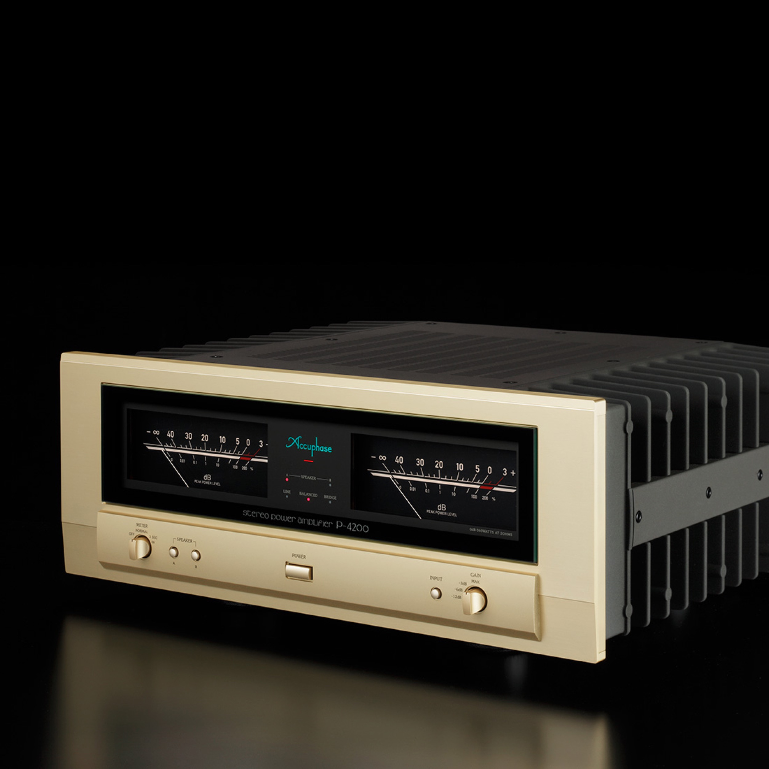 Accuphase P 4200 Wide Screen Audio