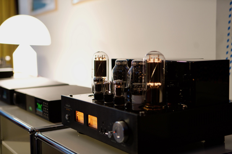 linemagnetic-805ia